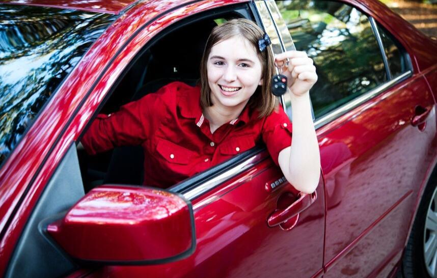 满足年轻人口味,三大运动性能车怎么选?