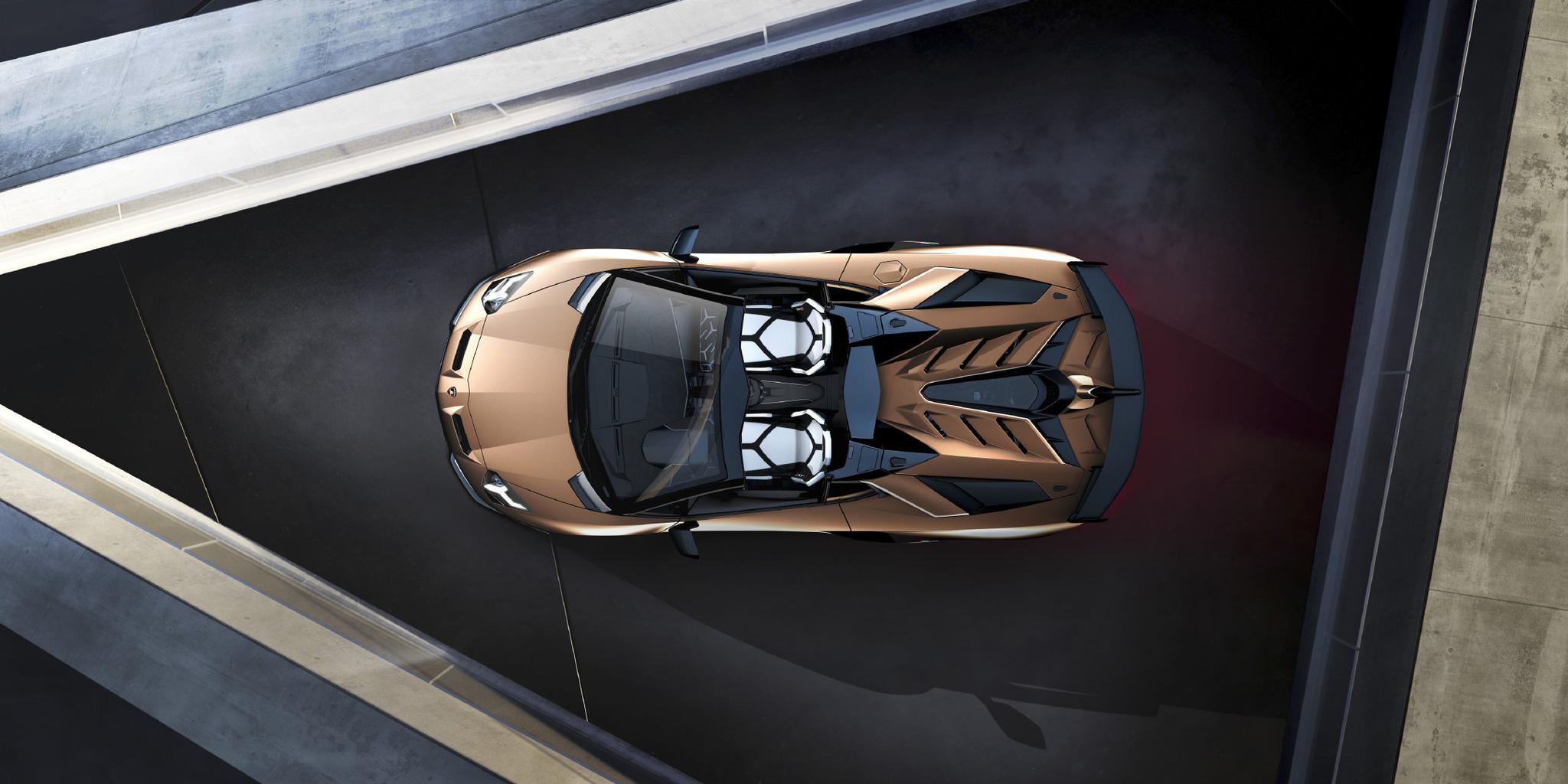 仍将坚持自然吸气/超跑SUV强势发展,兰博基尼稳中求进