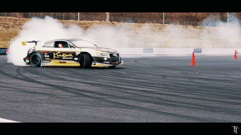 视频:奥迪A5 DTM赛车也能飘移