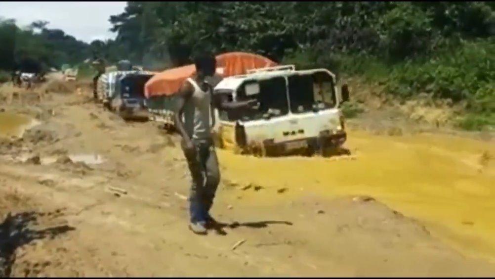 一次非常硬核的援助物资运输  在刚果(金)