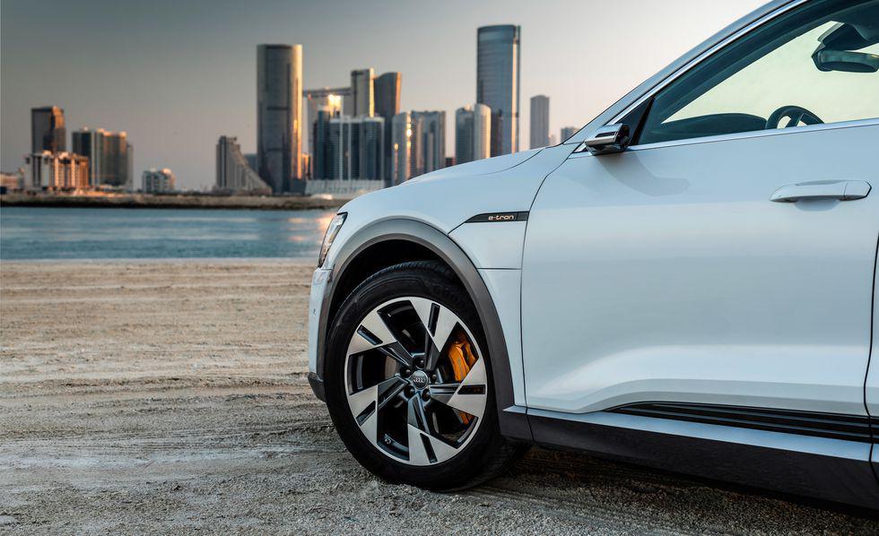 二师兄玩车 | 2019年最重磅的3款电动车,哪款是你的菜?