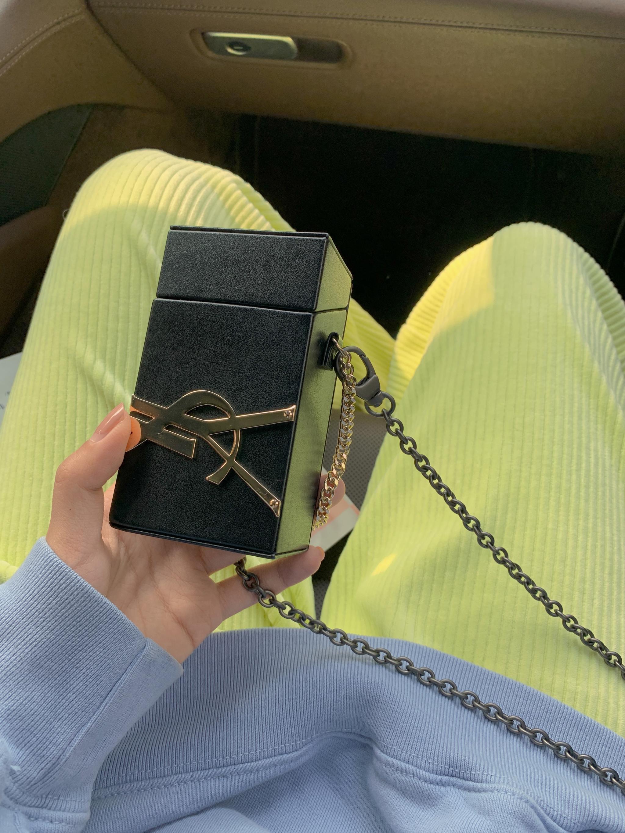 省钱大法!YSL香水的壳子裤子配上一根链子,就变成了YSL包包
