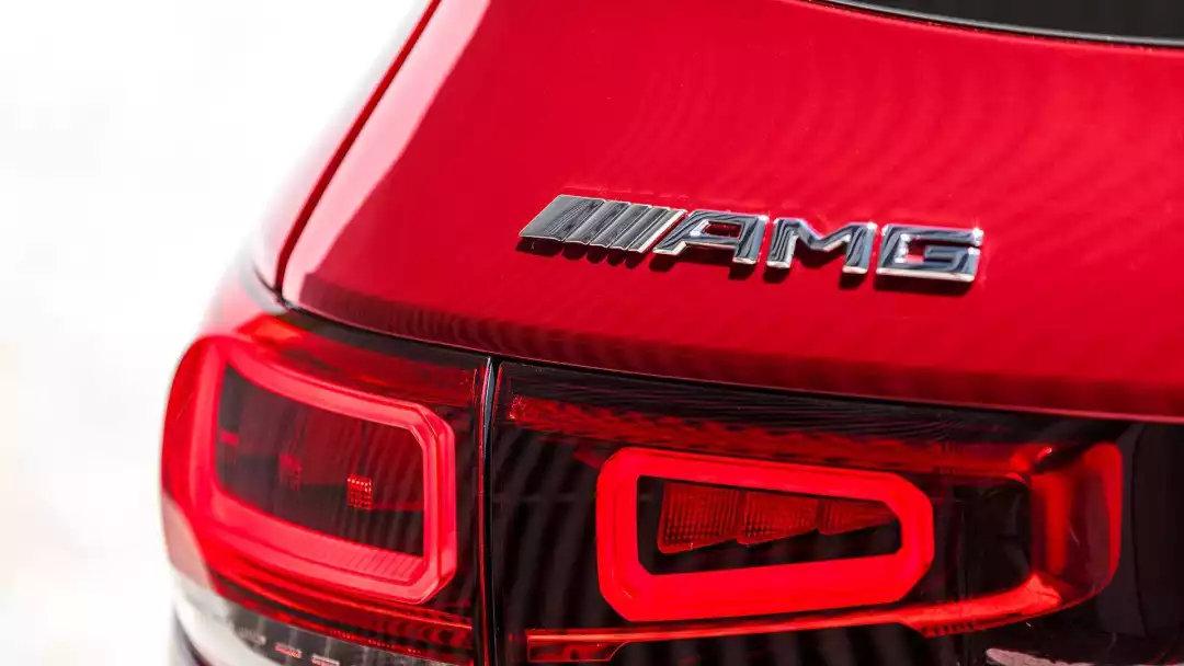 7座的AMG的即将国产,四驱系统性能强劲,跑的比奥迪SQ3还快