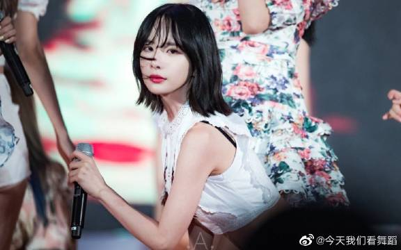 宇宙少女雪娥save me,save you饭拍直拍,快来看仙女跳舞啦。