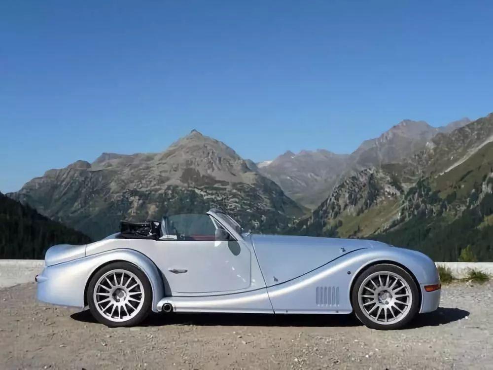 Morgan Aero 8 | 325匹,宝马V8发动机+六速手动变速箱
