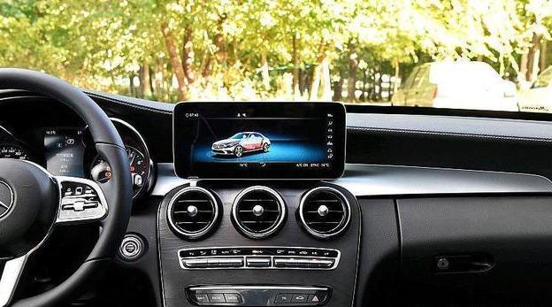 全新一代奔驰C级上市,增48v微混系统,配双拇指和互联系统