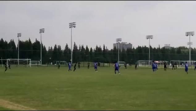 康桥基地内另一块场地申花03梯队与浙江绿城的比赛比分是0:0