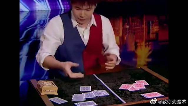 华人近景魔术秀翻全场,美国网友:这是魔术?这分明是魔法啊