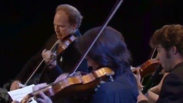 世界著名单簧管演奏家亚历山大·贝登科将携手艾尔玛弦乐四重奏登台琴