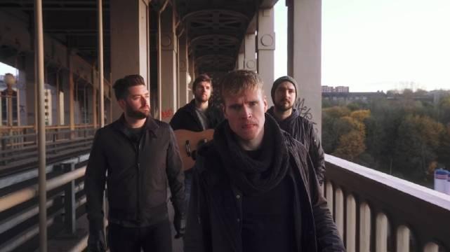 爱尔兰人气乐队柯达线 最新英格兰城市纽卡斯尔街头不插电表演新单Whe