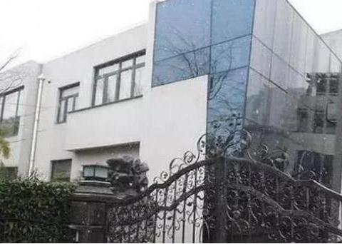 参观郭晶晶和刘翔住的豪宅,都是住独栋别墅,装修同样很气派