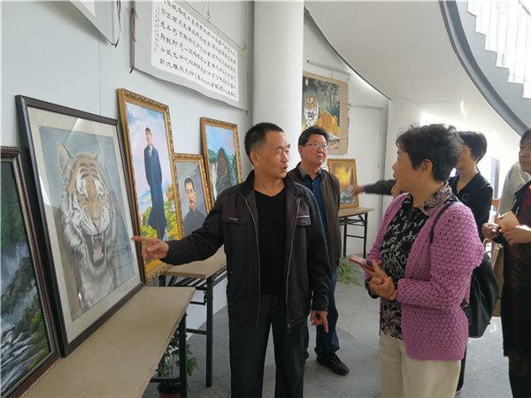 淳安威坪举行叶茂生个人书画展