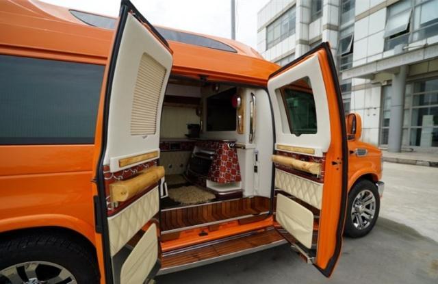 """爱马仕限量版房车!298万起售,埃尔法在它面前就是""""面包车"""""""