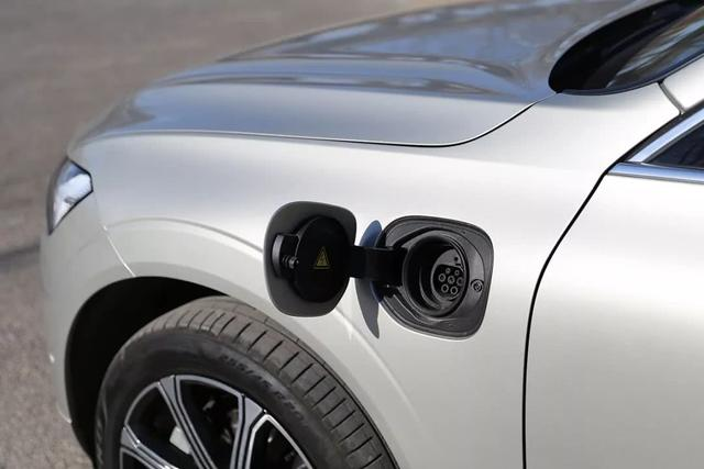 百公里加速5.6s,油耗2.3L,懂它的人都会选择!