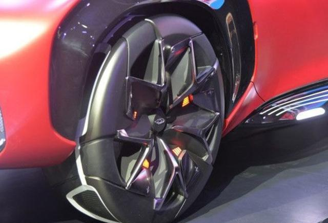 """奇瑞终于发飙了!实行了""""轮胎充电"""",满车黑科技,还买啥比亚迪"""