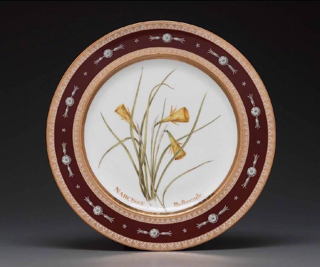 雷杜德为约瑟芬皇后打造的瓷盘