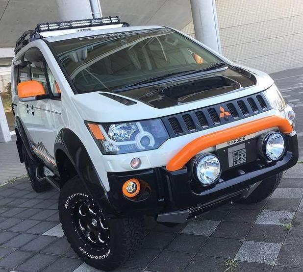 第一台四驱面包车!颜值帅掉渣,越野比SUV更强悍,仅售12万!