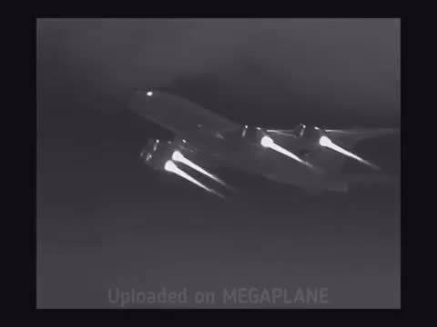 红外热成像摄像机拍摄的飞行中的A380