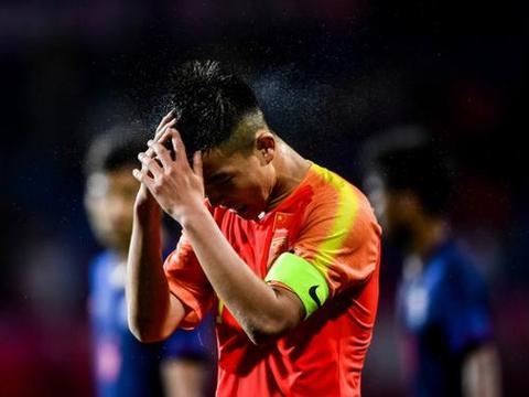 无底线!这支要参加小世界杯的中国男足真的输给了大学校队了