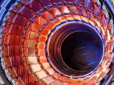 建造50公里长的对撞机,能否揭开希格斯玻色子和顶夸克的奥秘?