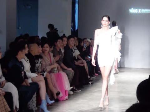 YOUG X邢永高级定制2020春夏系列闪耀中国国际时装周