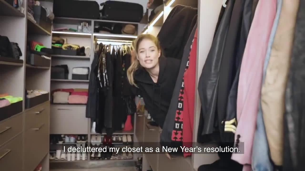 属于超模Doutzen kroes的幸福烦恼,新年断舍离从衣服整理开始