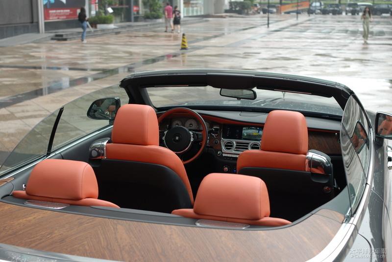你的拼搏值得这辆奢华GT轿跑,劳斯莱斯魅影/曜影双车试驾