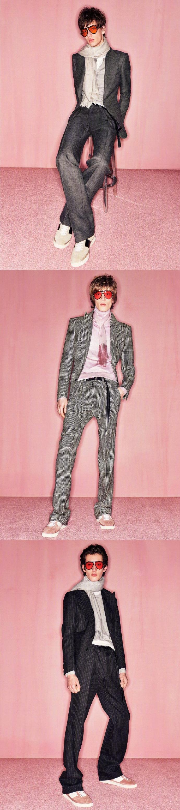 TOM FORD Menswear F/W 2020.  丝缎材质的西服外套