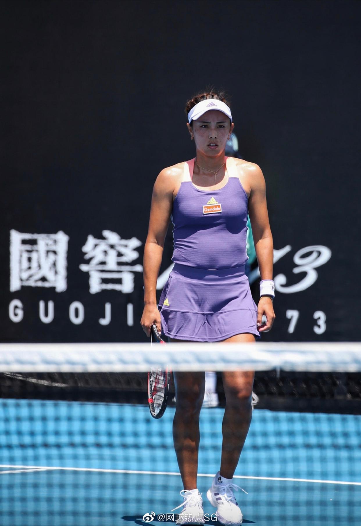 女单首轮:王蔷以7-6(2)/6-3击败帕门蒂尔,晋级第二轮