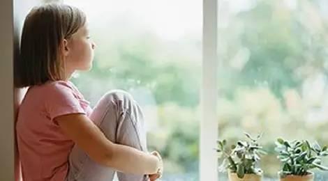 暑假作业没做完,少年跑回千里外老家,如何化解孩子开学综合征?