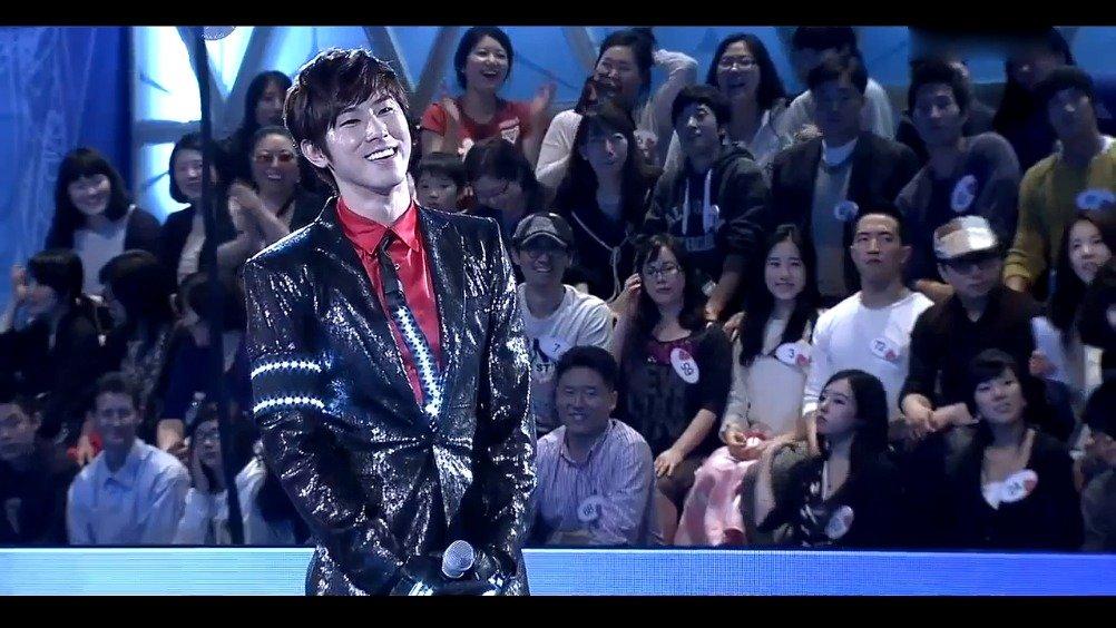 东方神起允浩爆帅模仿杰克逊舞蹈,全场尖叫声不断!