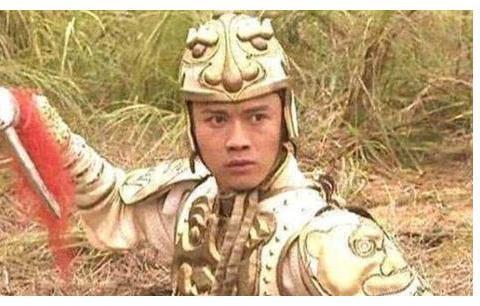 聂远我是认出来了,却没认出徐锦江,当年这部剧真是卧虎藏龙啊!