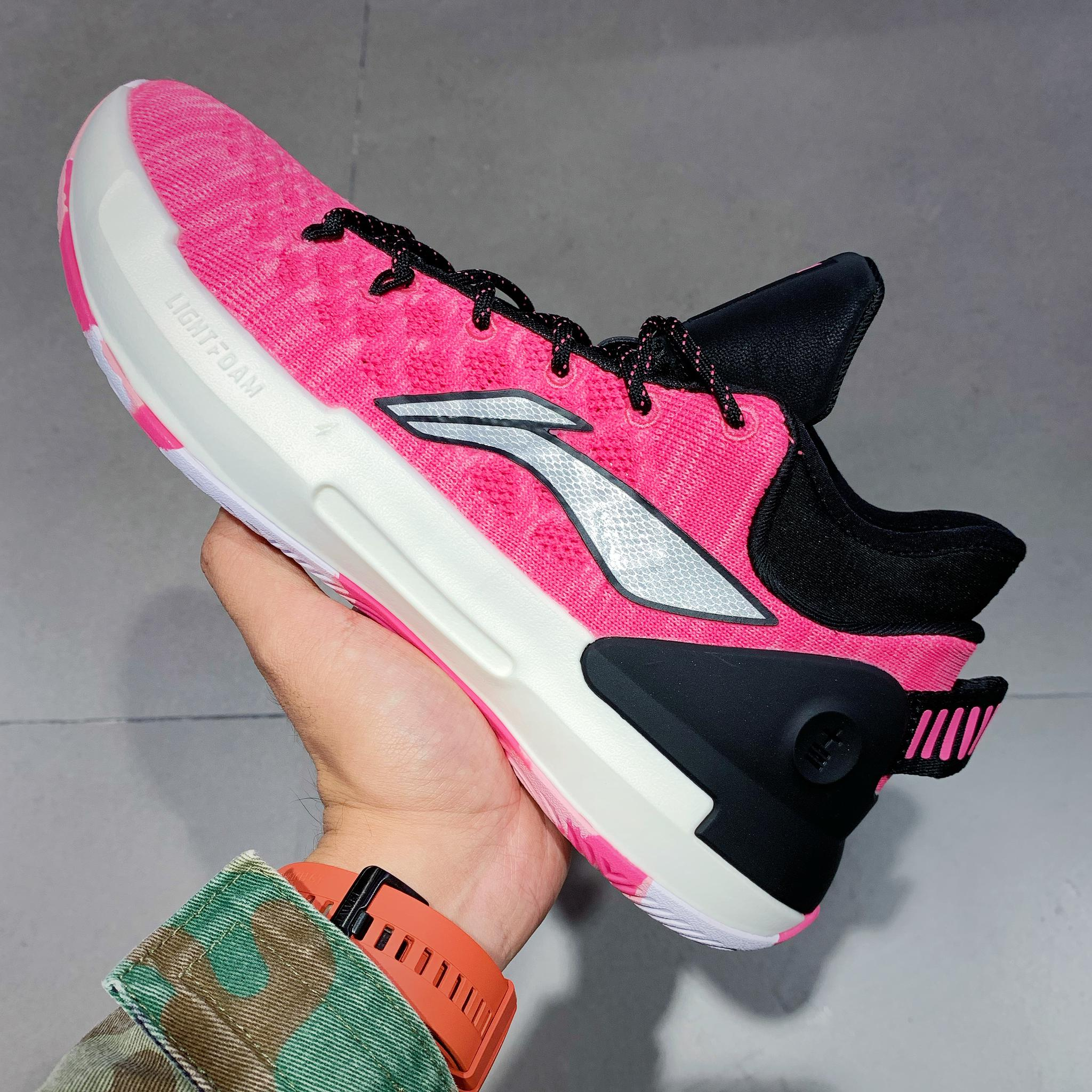 粉色实战鞋近一段时间人气回落