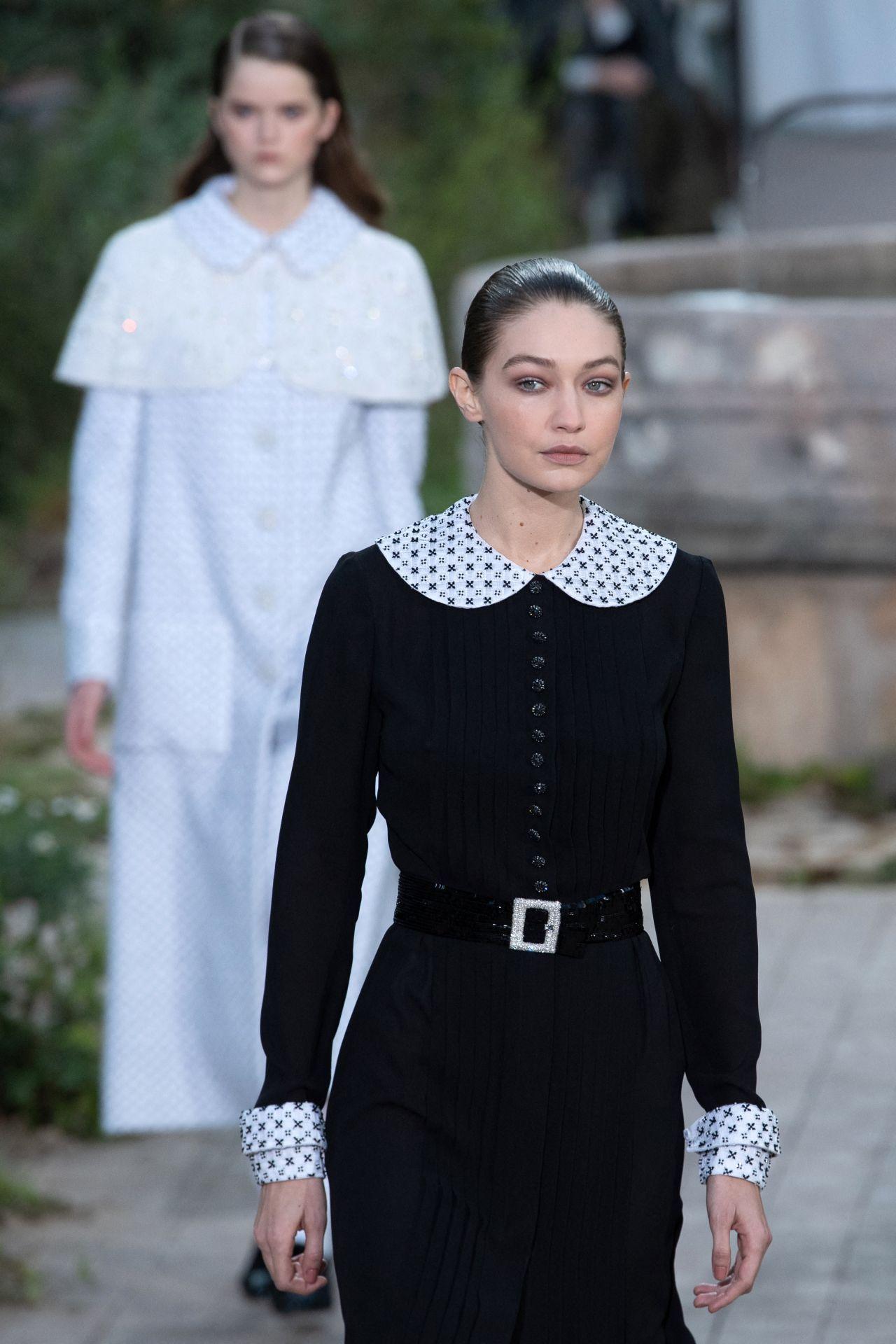 吉吉·哈迪德(Gigi Hadid)-巴黎香奈儿(Chanel)高级定制时装秀2020