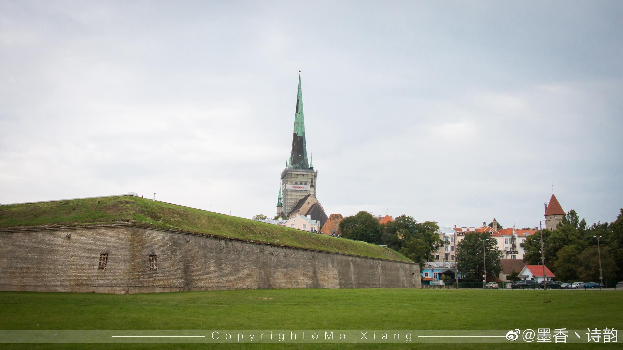 爱沙尼亚的首都塔林,人口只有50多万的城市,街头虽然有点冷清