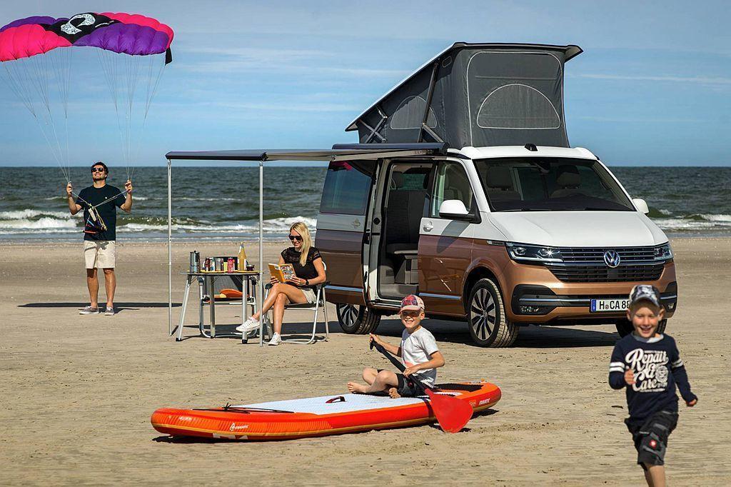 全球最热卖露营车!小改款福斯商旅California 6.1