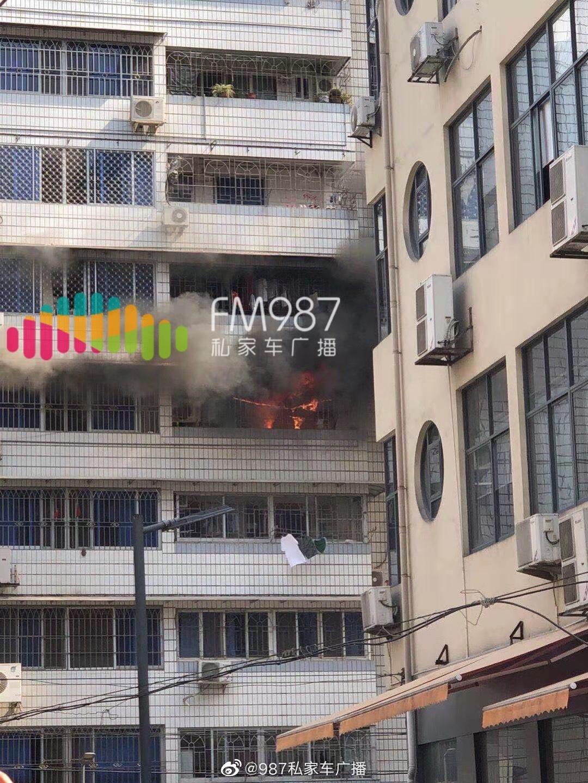 福州广达路,一小区单元房突发火灾