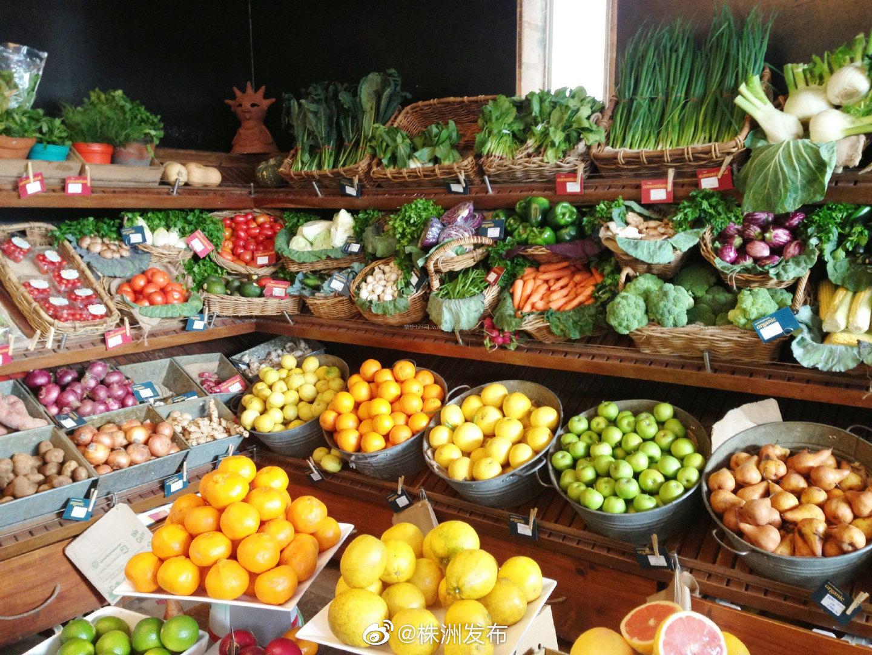 国家统计局新闻发言人刘爱华15日表示,鲜菜鲜果价格上涨