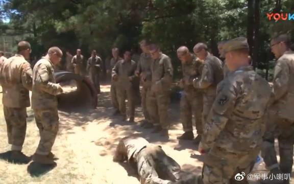 美国陆军新兵在陆军新兵训练营进行基础军事训练