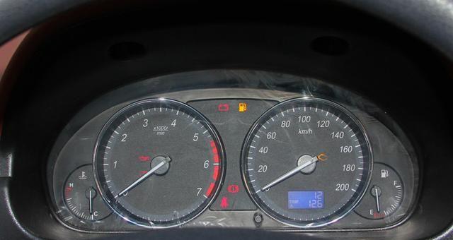 威旺M35是一款非常畅销的车型,外观好看,口碑还好!