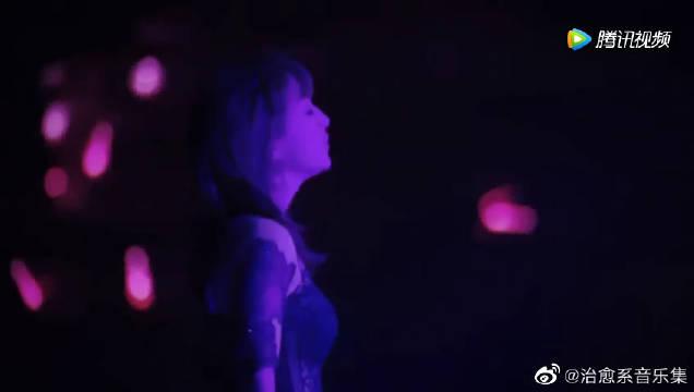 据说这是亚洲一姐滨崎步最伤感的一首歌,前奏听哭了!