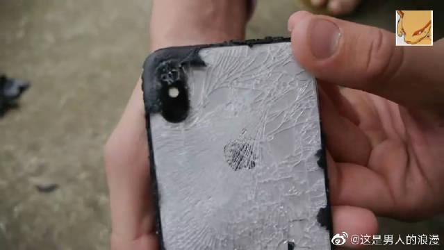 把iPhone X喷上底盘装甲,再高空跌落测试!老外太会玩了!