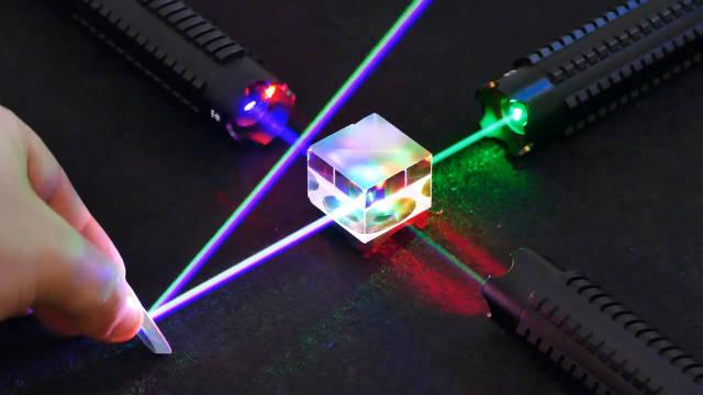 5个激光实验让人大开眼界!感受到科技的酷炫好玩了吗?