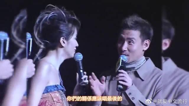 梅艳芳、张学友合唱《心仍是冷》,这才是实力啊!不得不服!