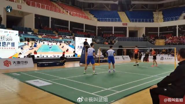 场边低视角 郑思维黄东萍vs王懿律黄雅琼 国家羽毛球队明星赛 这种神