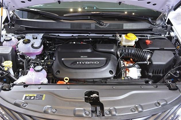 选混动车还纠结?这车搭载3.6LV6发动机,油耗2升,关键价格诱人