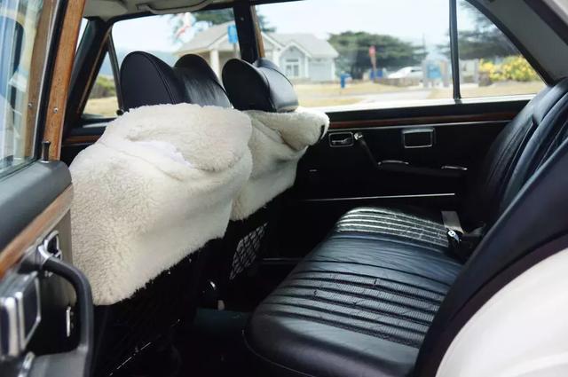 开一辆50年前的奔驰S级穿梭美国街道是什么体验