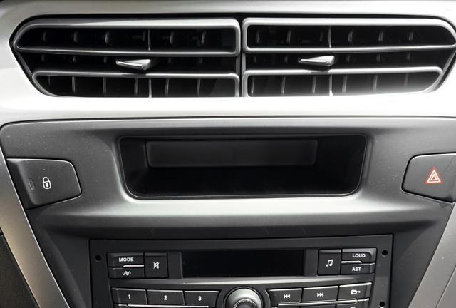 标致301保留了先进和操控度,是种火热的汽车品牌