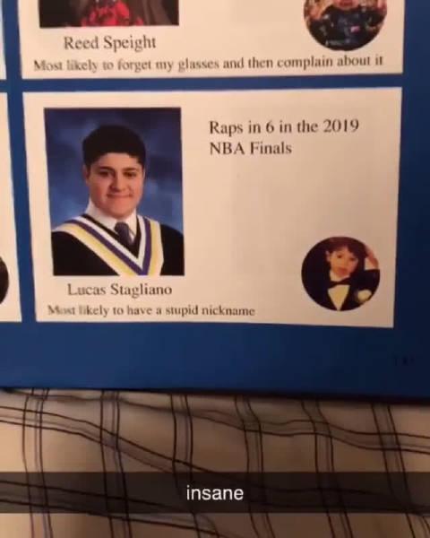 这位小哥绝对堪称预言帝!他在自己2017-18学年的毕业纪念册上写道