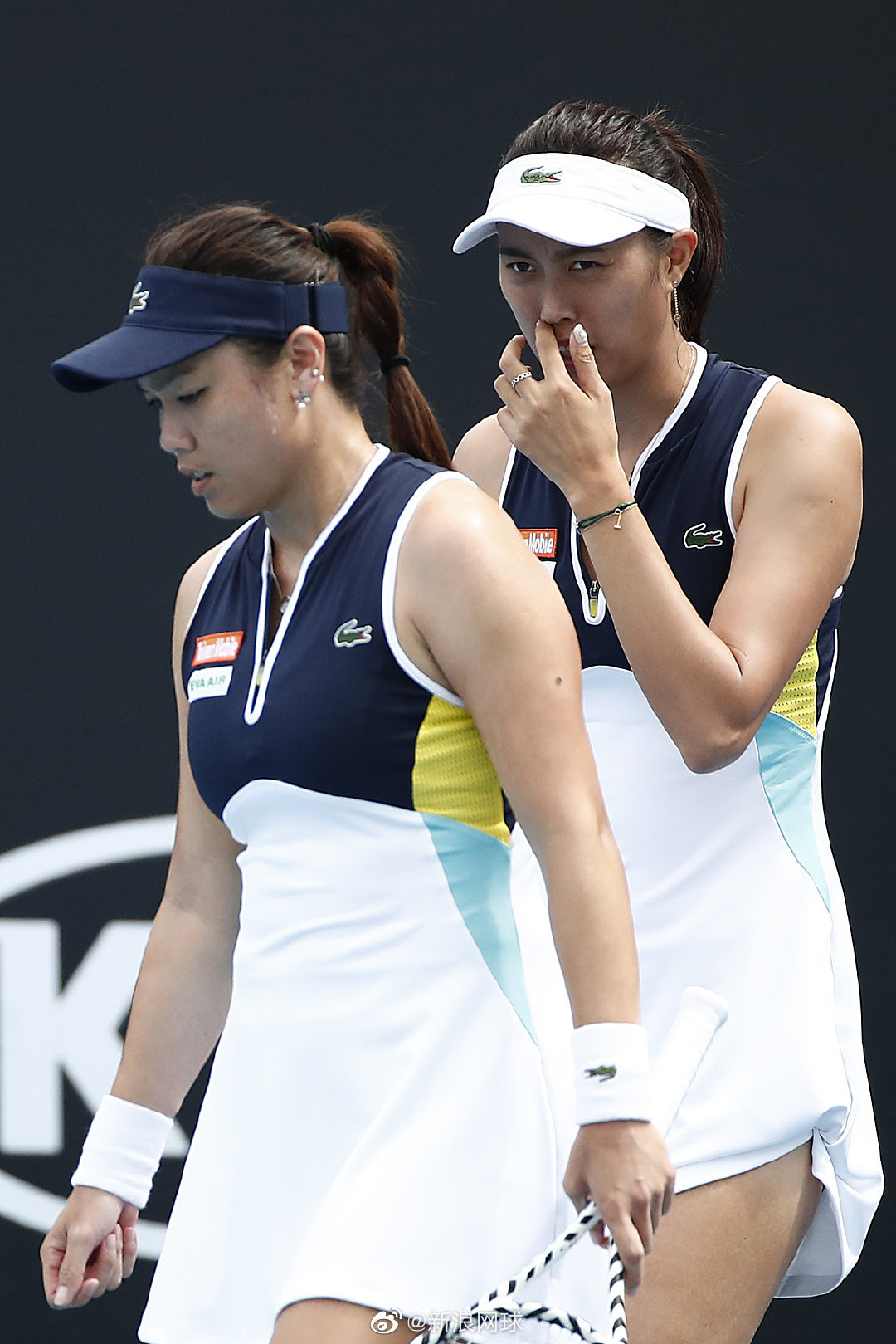 詹家姐妹以7-6(7)/6-2击败3号种子、美网冠军梅尔滕斯/萨巴伦卡